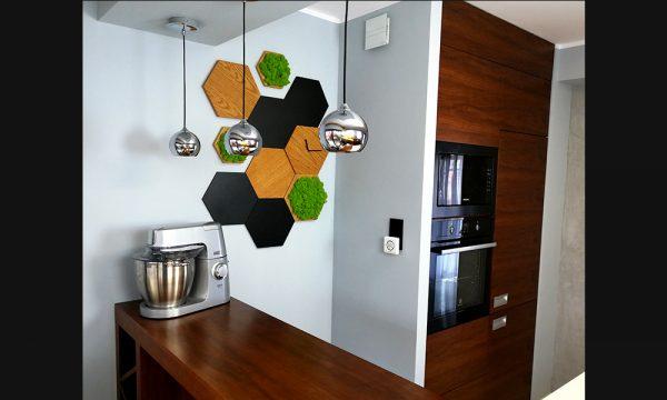 Panele drewniane na ścianie w kuchni - w tym panel ścienny z mchu